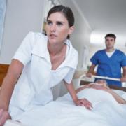 Verpleegkundigen onderzoeken